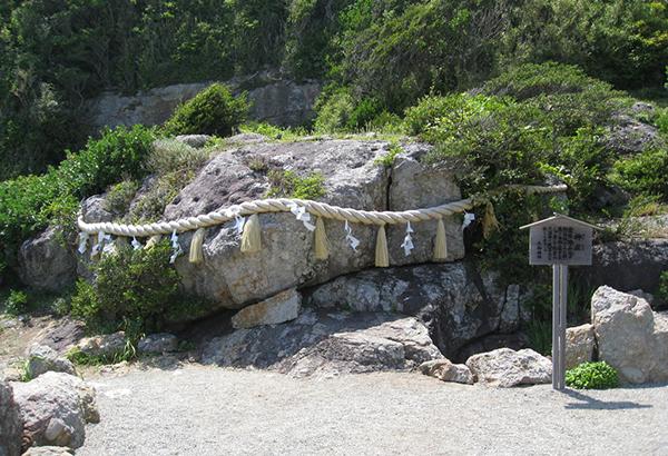 日本最大級さざれ石群